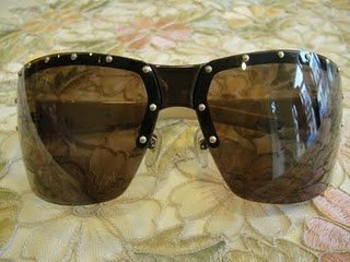 Gucci Sunglasses 96%new