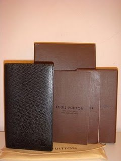 Louis Vuitton (Taiga) For Change, Credit Cards...