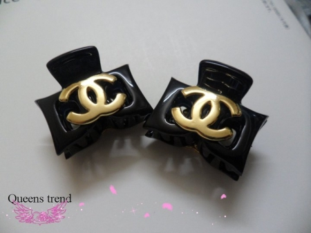 chanel hairclip (imported from korea)